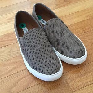 Steve Madden Zarayy slip on sneakers size 8